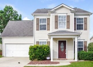 Foreclosed Home in Greensboro 27407 SEDGELANE DR - Property ID: 4494027693