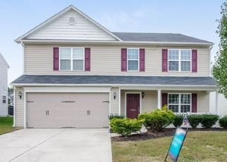 Foreclosed Home in Greensboro 27405 WHITWORTH DR - Property ID: 4494028565