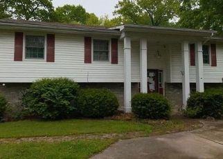 Foreclosed Home in Farmington 63640 OAK TER - Property ID: 4494048270