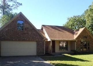 Foreclosed Home in Magnolia 77354 WEISINGER DR - Property ID: 4494171338