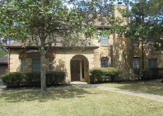 Foreclosed Home in Houston 77070 OAKCROFT DR - Property ID: 4494174404