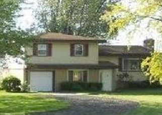 Foreclosed Home in Bay City 48706 WESTSIDE SAGINAW RD - Property ID: 4494195434