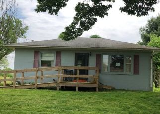 Foreclosed Home in Marcellus 49067 LEWIS LAKE RD - Property ID: 4494204185