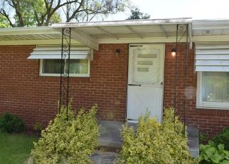 Foreclosed Home in Flint 48532 NERREDIA ST - Property ID: 4494211188