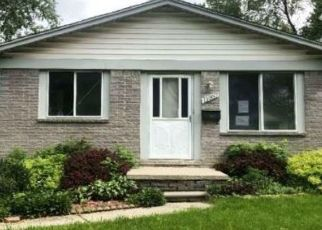 Foreclosed Home in Warren 48089 TIMKEN AVE - Property ID: 4494214261