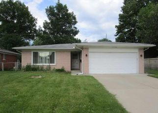 Foreclosed Home in Roseville 48066 KELLY RD - Property ID: 4494224333