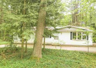 Foreclosed Home in Interlochen 49643 WILDWOOD RD - Property ID: 4494228723