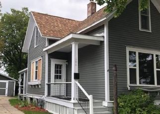 Foreclosed Home in Manistee 49660 2ND AVE - Property ID: 4494243609