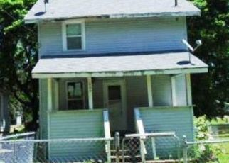 Foreclosed Home in Lansing 48912 S FRANCIS AVE - Property ID: 4494248872