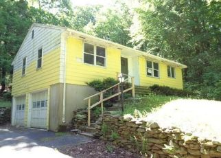 Foreclosed Home in New Hartford 06057 E COTTON HILL RD - Property ID: 4494467866