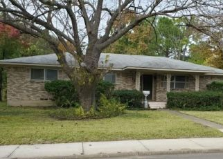 Foreclosed Home in Commerce 75428 CULVER ST - Property ID: 4494614123