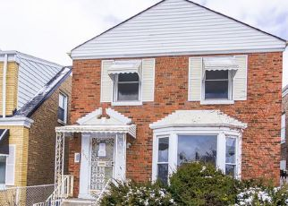 Foreclosed Home in Chicago 60620 S DAMEN AVE - Property ID: 4494628594
