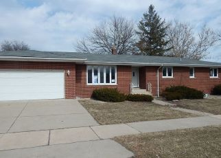 Foreclosed Home in Lansing 60438 GRANT ST - Property ID: 4494630788
