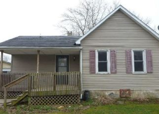 Foreclosed Home in Saint David 61563 5TH ST - Property ID: 4494693854