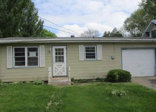 Foreclosed Home in Belvidere 61008 GRAY ST - Property ID: 4494708296