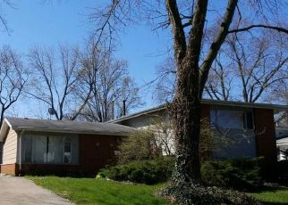 Foreclosed Home in Park Forest 60466 SHERMAN ST - Property ID: 4494716627