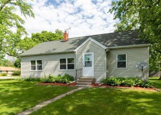 Foreclosed Home in Minneapolis 55430 58TH AVE N - Property ID: 4494738971