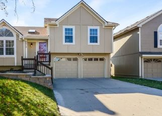 Foreclosed Home in Kansas City 64157 NE 110TH ST - Property ID: 4494789771