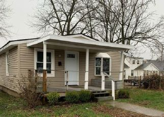Foreclosed Home in Columbus 43207 DELRAY RD - Property ID: 4494820419