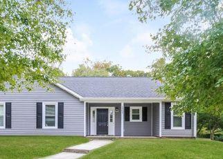 Foreclosed Home in Greensboro 27407 RUNNING RIDGE RD - Property ID: 4494887430