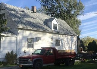 Foreclosed Home in Buffalo 14214 SUMMIT AVE - Property ID: 4494901448