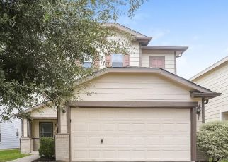 Foreclosed Home in Tomball 77375 FLYING GEESE LN - Property ID: 4494953121