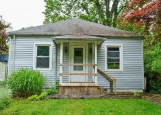 Foreclosed Home in Chesapeake Beach 20732 ROSEMARY DR - Property ID: 4494980725