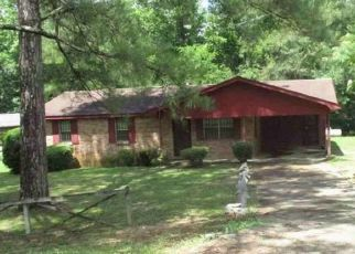 Foreclosed Home in Tuskegee 36083 COUNTY ROAD 45 - Property ID: 4495231235