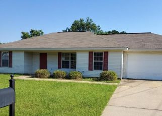 Foreclosed Home in Moundville 35474 SUNSET GARDENS DR - Property ID: 4495235626