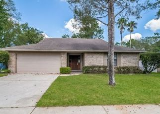Foreclosed Home in Jacksonville 32257 WALKER HORSE DR - Property ID: 4495311387