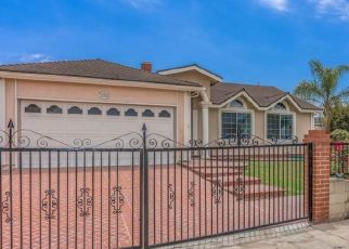 Foreclosed Home in Huntington Beach 92649 APEL LN - Property ID: 4495412112