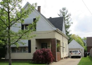Foreclosed Home in Peoria 61604 N SHERIDAN RD - Property ID: 4495596513