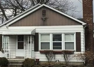Foreclosed Home in Dearborn Heights 48125 POWERS AVE - Property ID: 4495610979