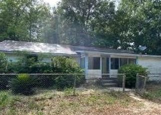 Foreclosed Home in Crestview 32539 HENDERSON ST - Property ID: 4495759438