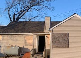 Foreclosed Home in Copiague 11726 COPIAGUE AVE - Property ID: 4495775651