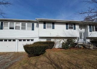 Foreclosed Home in Poughkeepsie 12601 FAIRWAY DR - Property ID: 4495869366