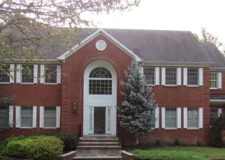 Foreclosed Home in Denville 07834 CEDAR GATE RD - Property ID: 4495933308