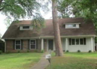 Foreclosed Home in Longview 75604 CHERRYWOOD CIR - Property ID: 4496043688
