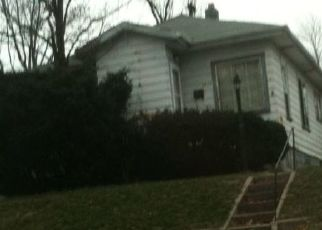 Foreclosed Home in Gary 46408 TYLER ST - Property ID: 4496268363