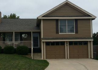 Foreclosed Home in Kansas City 64118 NW 61ST CT - Property ID: 4496325295
