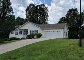 Foreclosed Home in Statesville 28625 RYDEL LN - Property ID: 4496377418