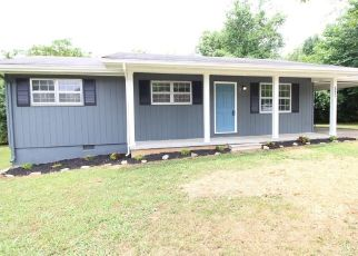 Foreclosed Home in Cleveland 37311 VICTORY ST SW - Property ID: 4496610420