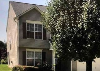 Foreclosed Home in Charlotte 28269 DEERTON RD - Property ID: 4496630573