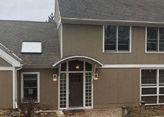 Foreclosed Home in Norwalk 06854 SPLITROCK RD - Property ID: 4496677881