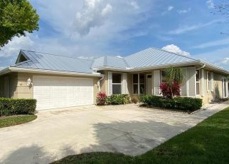 Foreclosed Home in Palm City 34990 SW MAYFLOWER DR - Property ID: 4496715536
