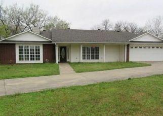 Foreclosed Home in Spiro 74959 S COLUMBUS ST - Property ID: 4496844749