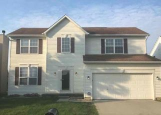 Foreclosed Home in Indianapolis 46268 CRESTWELL LN - Property ID: 4496990138