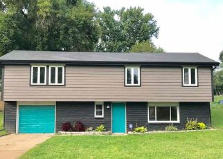 Foreclosed Home in Kansas City 64119 NE COTTER AVE - Property ID: 4497087824