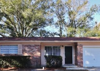 Foreclosed Home in Jacksonville 32210 JADE DR E - Property ID: 4497108394