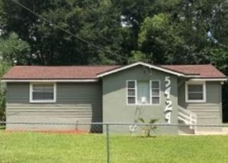 Foreclosed Home in Jacksonville 32208 DROAD ST - Property ID: 4497219199